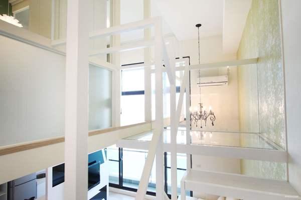 200平米房子美式田園風格玻璃樓梯裝修效果圖