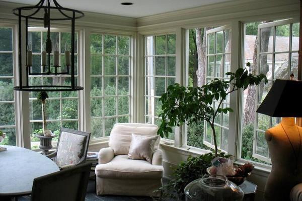 170平米欧式别墅落地窗图片