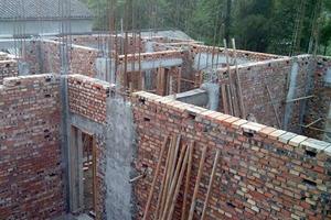 砖混结构的墙能拆吗 砖混结构每平米造价 砖混结构寿命100年