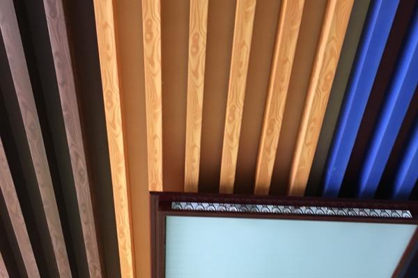 臥室竹木纖維吊頂裝修效果圖