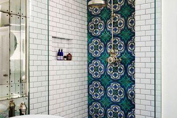 复古风格卫生间瓷砖设计装修效果图