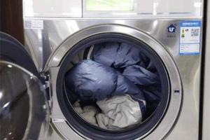 羽绒服洗衣机爆炸谣言 羽绒服洗衣机正确洗法 滚筒洗衣机羽绒服功能