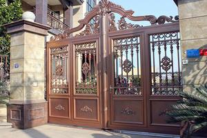 别墅围墙大门怎么设计好看 别墅围墙大门装修多少钱 别墅围墙风水有什么讲究