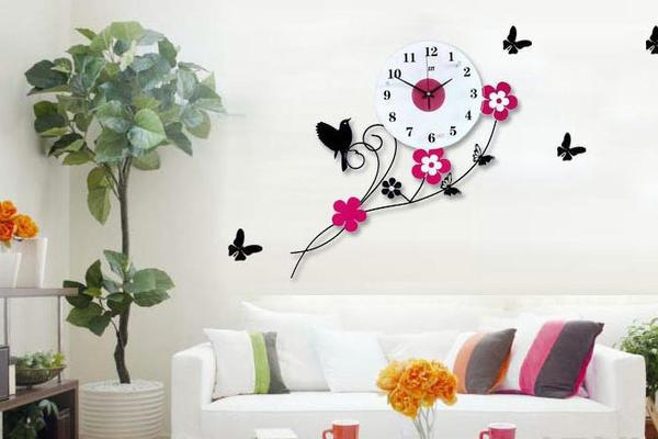 新颖创意十足的客厅挂钟装修效果图