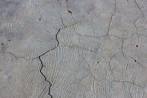 水泥地面裂縫維修方式 幾個步驟就能完成