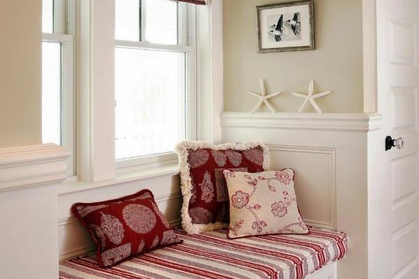 美式田园风格室内飘窗设计装修效果图赏析