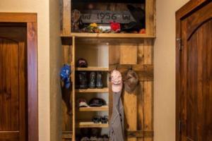 鞋柜衣帽架设计效果图大全 鞋柜衣帽架装修设计图